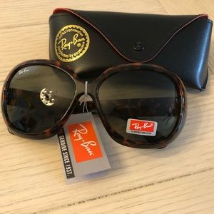 Ray-Ban Women's Jackie Ohh II in Tortoise (RB4098)